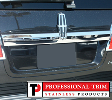 Professional Trim 07-Up Lincoln Navigator Stainless Steel Tailgate Accent Trim